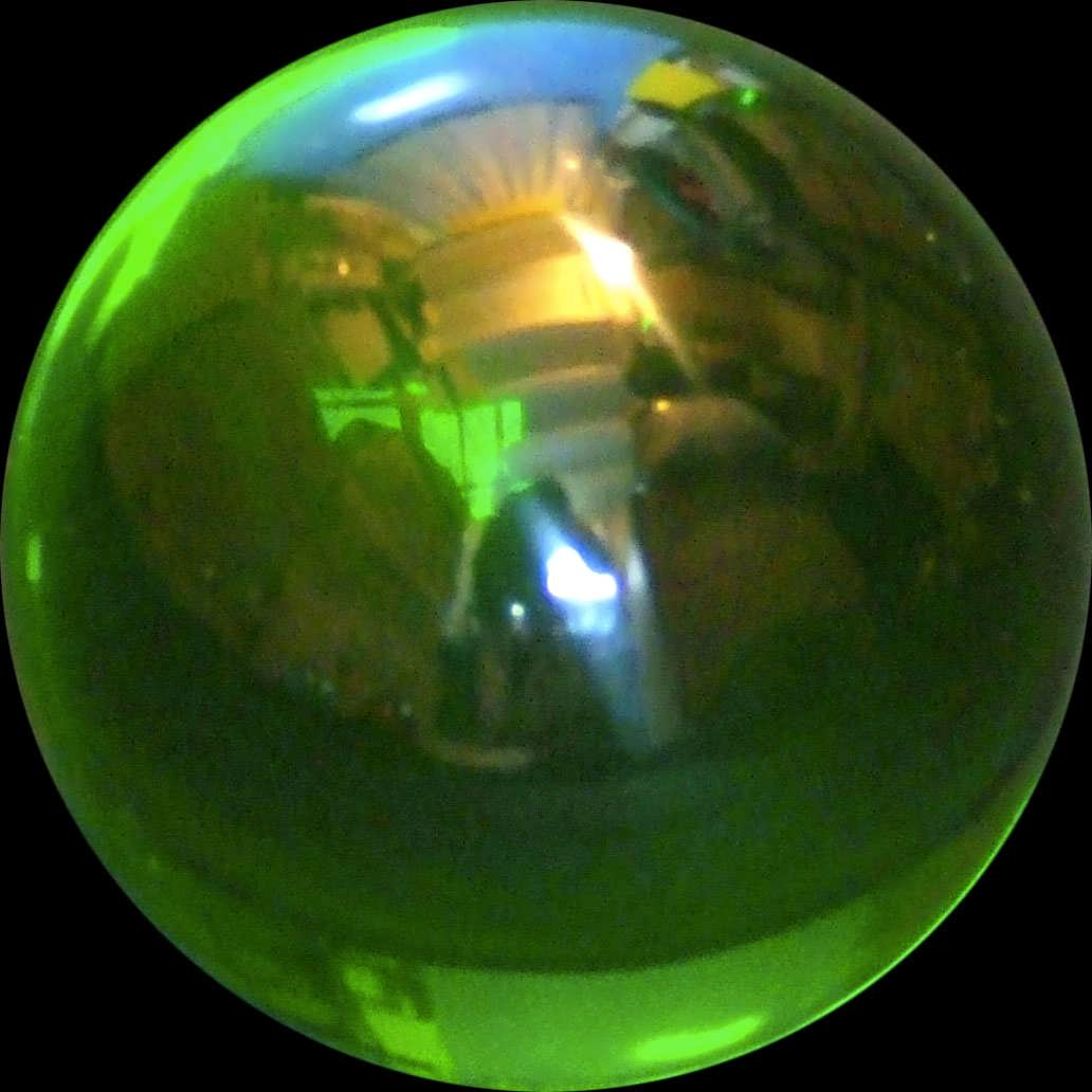 Green-Acrylic-contact-Juggling-ball-75mm-220g